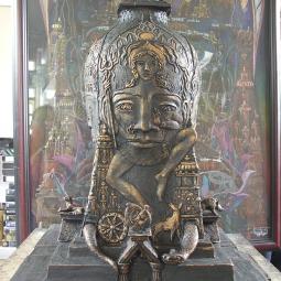 «Танец бога» (южная сторона монумента посвящена Шиве)