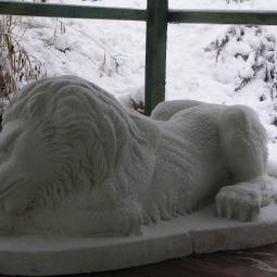 Лев спящий (гипс)