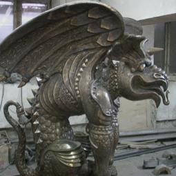 Химера с крыльями (в мастерской)