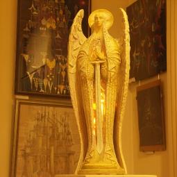 Архангел с мечом (с подсветкой изнутри)